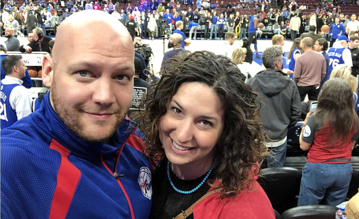 Henry Bingaman and his wife, Kerri, at a Philadelphia 76ers playoff game