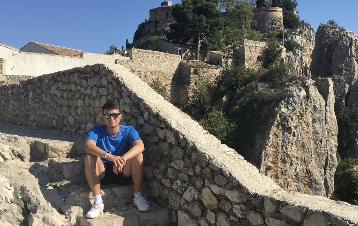 Writer Michael Carr visits El Castell de Guadalest in Spain