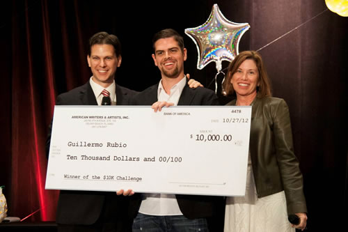 Guillermo Rubio with his $10K Check